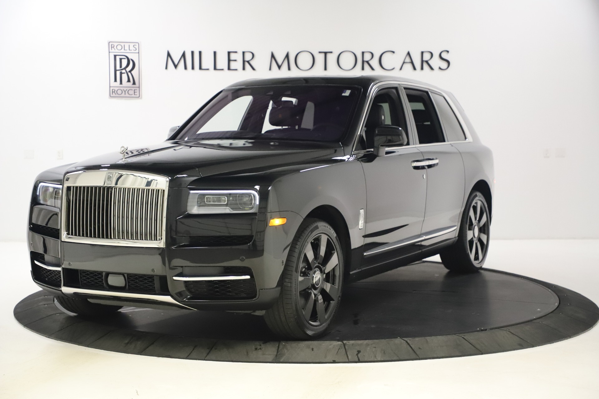 New 2021 Rolls-Royce Cullinan Base for sale $372,725 at Pagani of Greenwich in Greenwich CT 06830 1