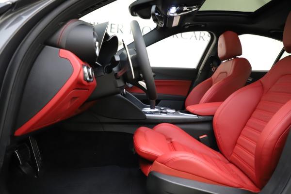 New 2020 Alfa Romeo Giulia Ti Sport Q4 for sale $48,595 at Pagani of Greenwich in Greenwich CT 06830 14