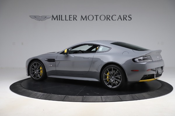 Used 2017 Aston Martin V12 Vantage S for sale $185,900 at Pagani of Greenwich in Greenwich CT 06830 3