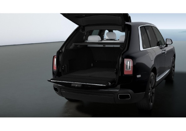 New 2021 Rolls-Royce Cullinan for sale $376,075 at Pagani of Greenwich in Greenwich CT 06830 4