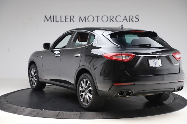 Used 2017 Maserati Levante Q4 for sale $51,900 at Pagani of Greenwich in Greenwich CT 06830 6
