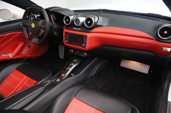Used 2015 Ferrari California T for sale $159,900 at Pagani of Greenwich in Greenwich CT 06830 21