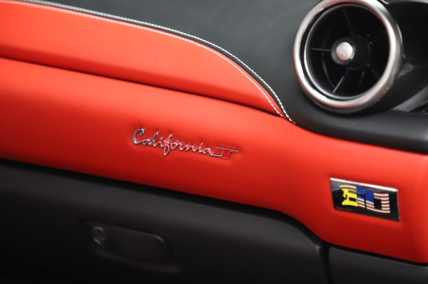 Used 2015 Ferrari California T for sale $159,900 at Pagani of Greenwich in Greenwich CT 06830 26