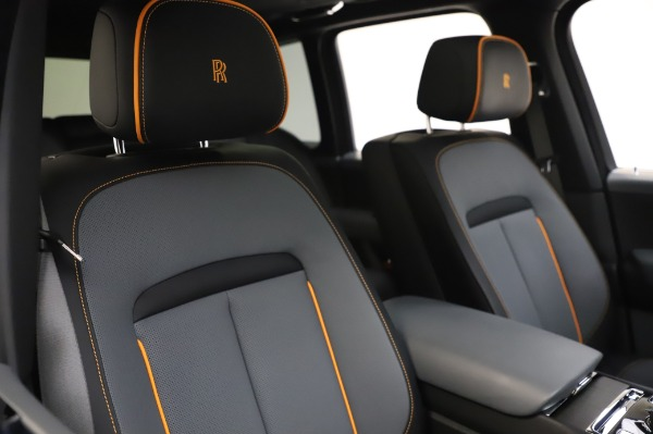 Used 2019 Rolls-Royce Cullinan Base for sale $349,900 at Pagani of Greenwich in Greenwich CT 06830 11