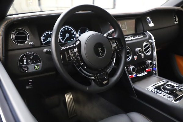 Used 2019 Rolls-Royce Cullinan Base for sale $349,900 at Pagani of Greenwich in Greenwich CT 06830 12