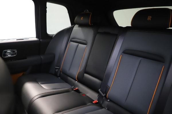 Used 2019 Rolls-Royce Cullinan Base for sale $349,900 at Pagani of Greenwich in Greenwich CT 06830 15