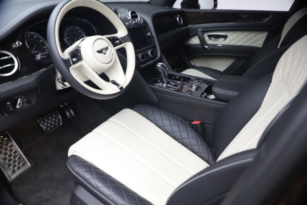 Used 2020 Bentley Bentayga V8 for sale $186,900 at Pagani of Greenwich in Greenwich CT 06830 17