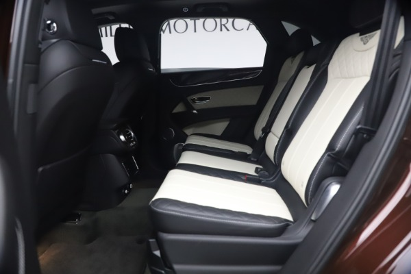 Used 2020 Bentley Bentayga V8 for sale $186,900 at Pagani of Greenwich in Greenwich CT 06830 22