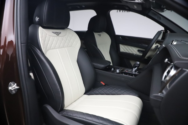 Used 2020 Bentley Bentayga V8 for sale $186,900 at Pagani of Greenwich in Greenwich CT 06830 27