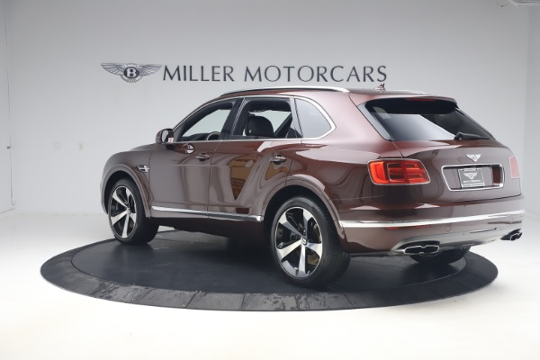 Used 2020 Bentley Bentayga V8 for sale $186,900 at Pagani of Greenwich in Greenwich CT 06830 5