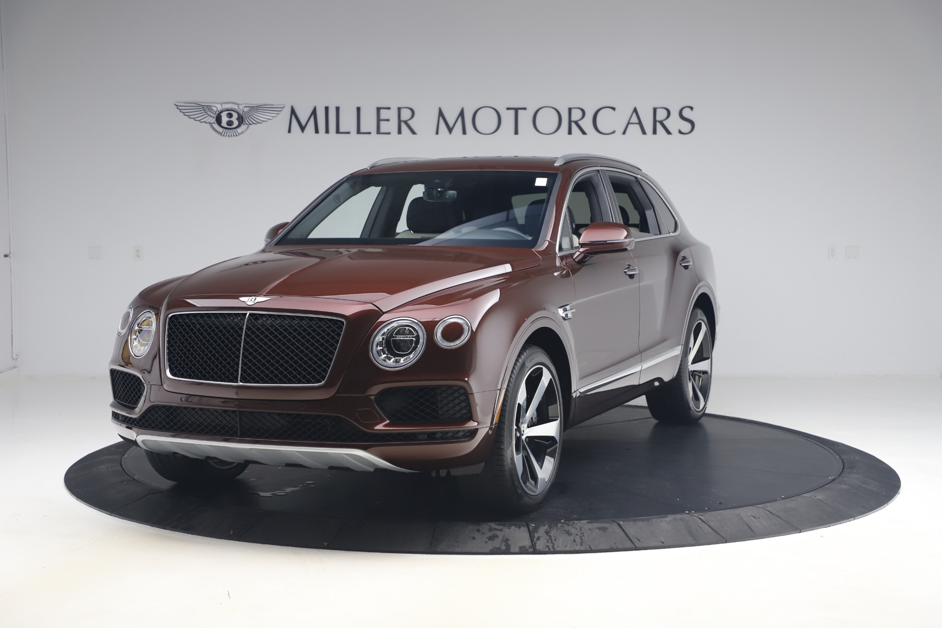 Used 2020 Bentley Bentayga V8 for sale $186,900 at Pagani of Greenwich in Greenwich CT 06830 1