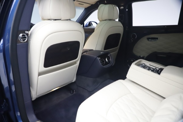 Used 2020 Bentley Mulsanne Speed for sale $279,900 at Pagani of Greenwich in Greenwich CT 06830 21