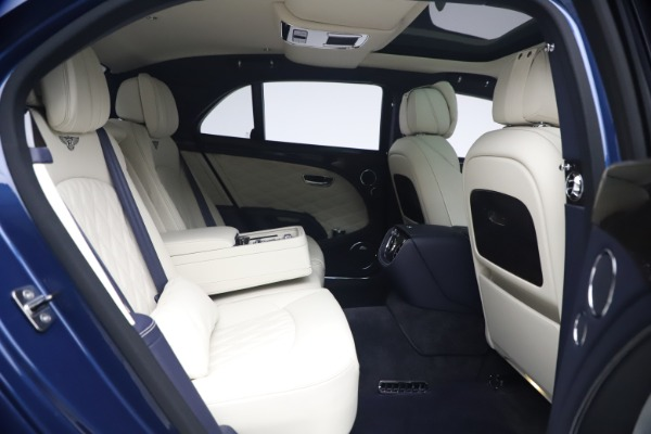 Used 2020 Bentley Mulsanne Speed for sale $279,900 at Pagani of Greenwich in Greenwich CT 06830 28