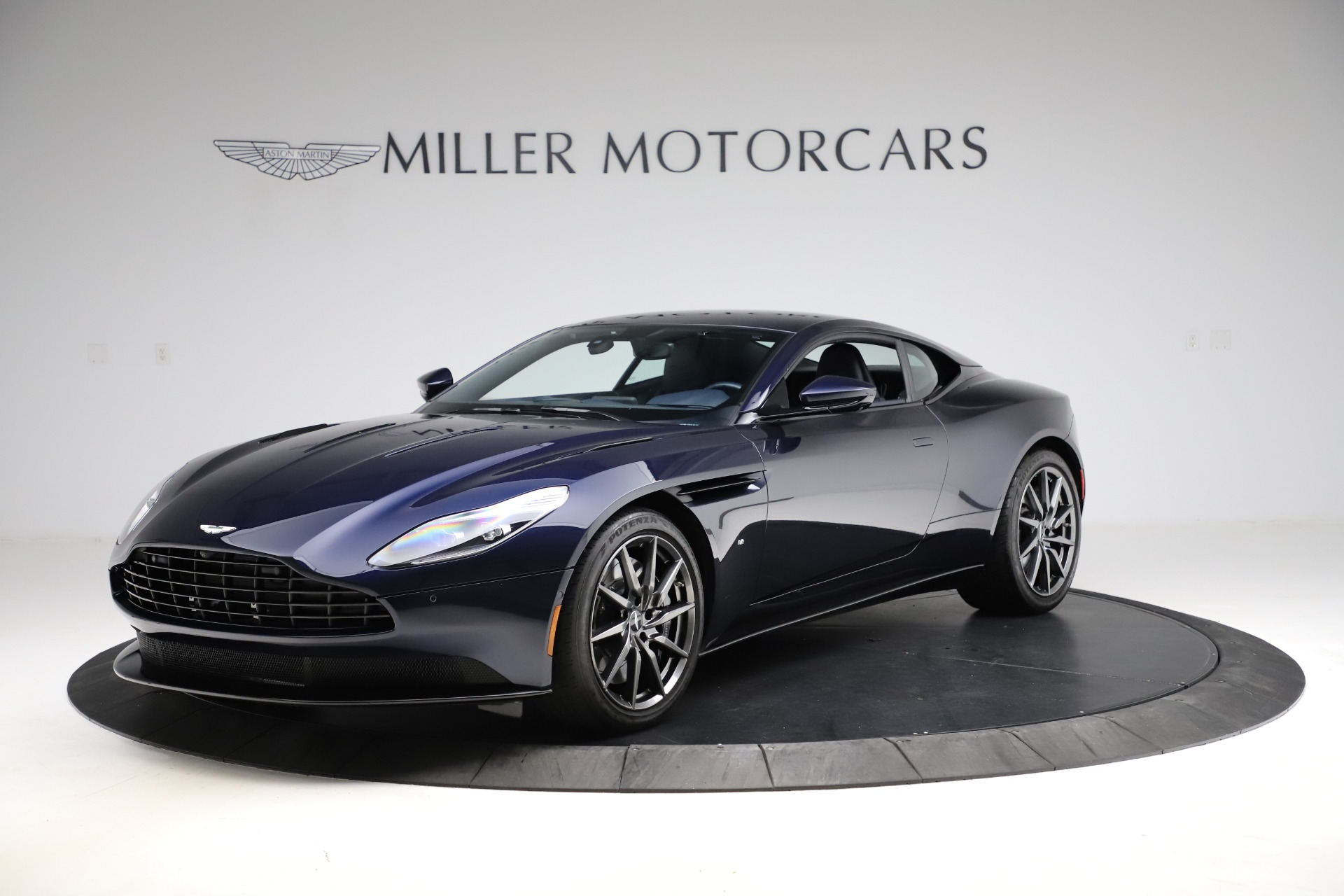 Used 2017 Aston Martin DB11 for sale $159,900 at Pagani of Greenwich in Greenwich CT 06830 1