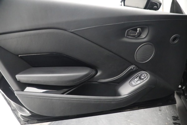 Used 2019 Aston Martin Vantage for sale $126,900 at Pagani of Greenwich in Greenwich CT 06830 16