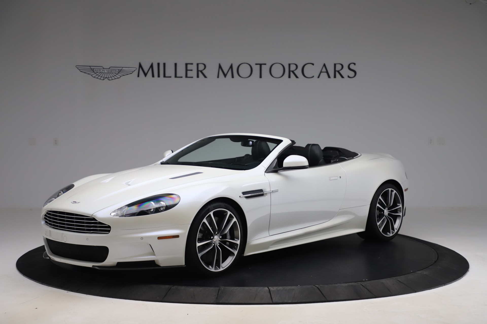 Used 2010 Aston Martin DBS Volante for sale $89,900 at Pagani of Greenwich in Greenwich CT 06830 1
