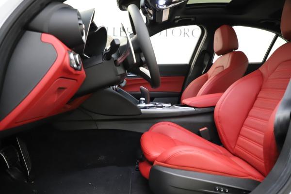 New 2020 Alfa Romeo Giulia Ti Sport Q4 for sale $51,495 at Pagani of Greenwich in Greenwich CT 06830 14