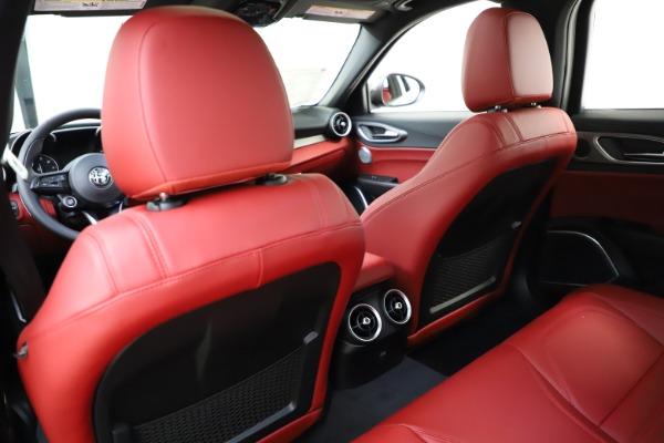 New 2020 Alfa Romeo Giulia Ti Sport Q4 for sale $51,495 at Pagani of Greenwich in Greenwich CT 06830 18