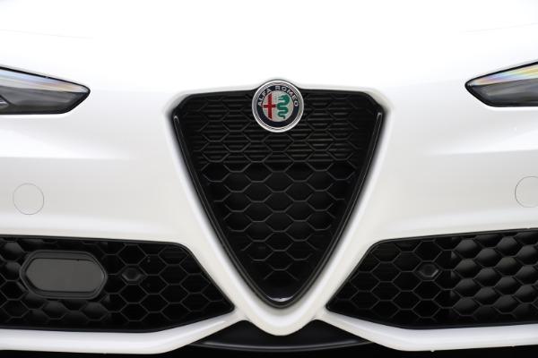 New 2020 Alfa Romeo Giulia Ti Sport Q4 for sale $51,495 at Pagani of Greenwich in Greenwich CT 06830 26