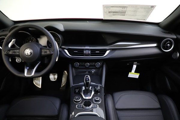 New 2020 Alfa Romeo Stelvio Ti Sport Carbon Q4 for sale $58,745 at Pagani of Greenwich in Greenwich CT 06830 16