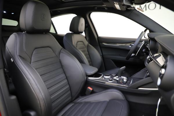 New 2020 Alfa Romeo Stelvio Ti Sport Carbon Q4 for sale $58,745 at Pagani of Greenwich in Greenwich CT 06830 22
