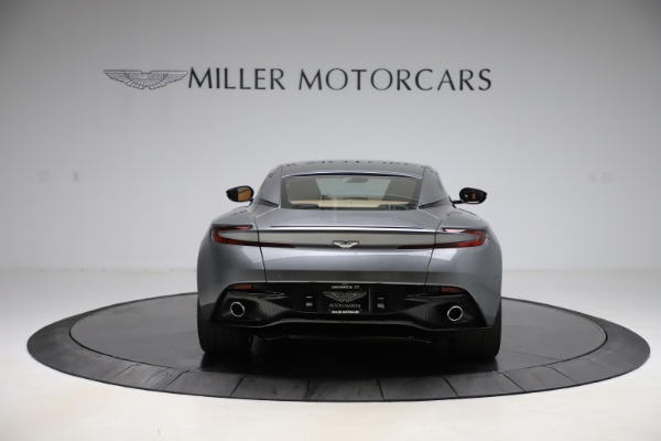 Used 2017 Aston Martin DB11 for sale $149,900 at Pagani of Greenwich in Greenwich CT 06830 5