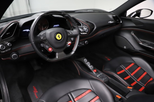 Used 2017 Ferrari 488 Spider for sale $276,900 at Pagani of Greenwich in Greenwich CT 06830 17