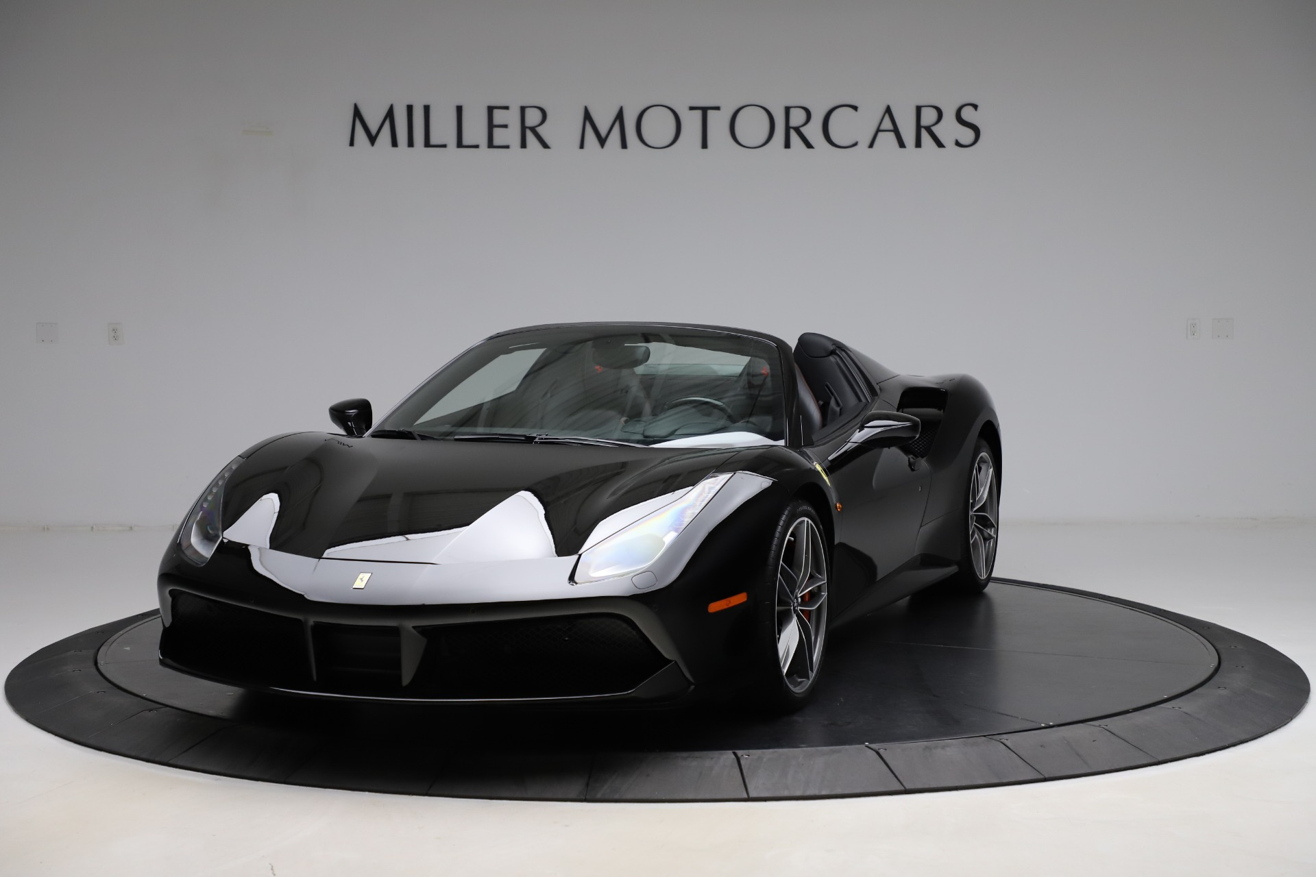 Used 2017 Ferrari 488 Spider for sale $276,900 at Pagani of Greenwich in Greenwich CT 06830 1