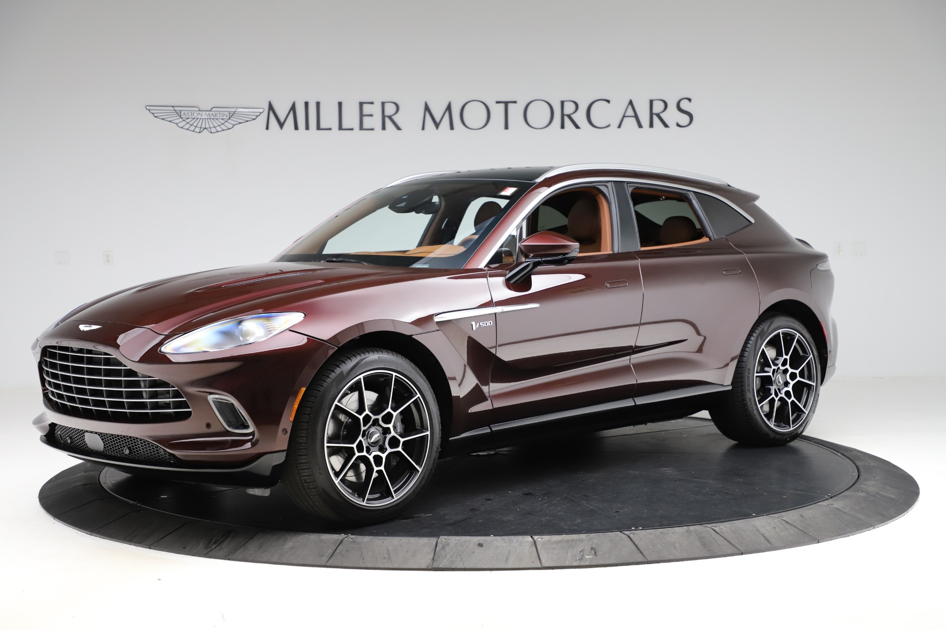 New 2021 Aston Martin DBX for sale $226,836 at Pagani of Greenwich in Greenwich CT 06830 1