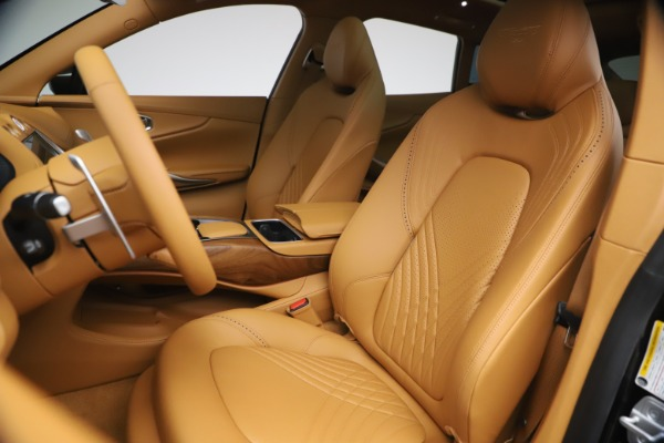New 2021 Aston Martin DBX for sale $212,886 at Pagani of Greenwich in Greenwich CT 06830 15