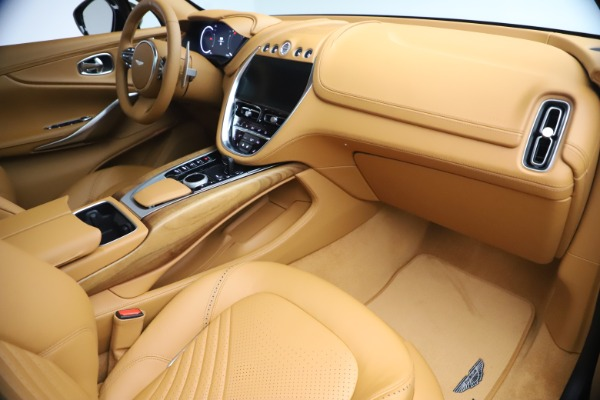 New 2021 Aston Martin DBX for sale $212,886 at Pagani of Greenwich in Greenwich CT 06830 20