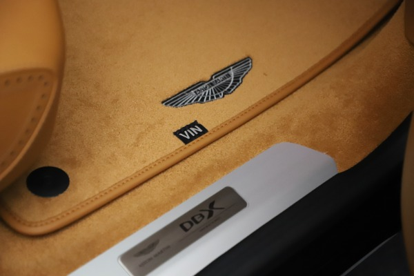 New 2021 Aston Martin DBX for sale $212,886 at Pagani of Greenwich in Greenwich CT 06830 25