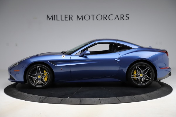 Used 2018 Ferrari California T for sale Sold at Pagani of Greenwich in Greenwich CT 06830 14