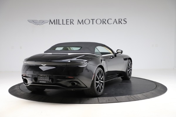 Used 2020 Aston Martin DB11 Volante for sale $209,900 at Pagani of Greenwich in Greenwich CT 06830 27
