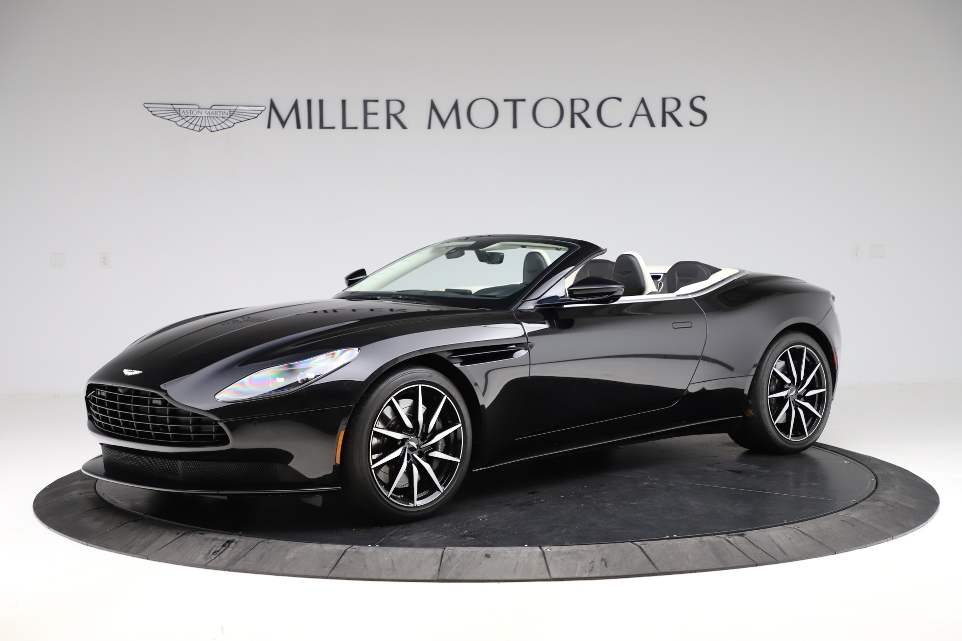 Used 2020 Aston Martin DB11 Volante for sale $209,900 at Pagani of Greenwich in Greenwich CT 06830 1