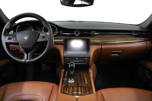 Used 2017 Maserati Quattroporte S Q4 GranLusso for sale $59,900 at Pagani of Greenwich in Greenwich CT 06830 16
