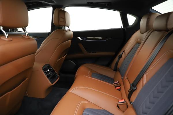 Used 2017 Maserati Quattroporte S Q4 GranLusso for sale $59,900 at Pagani of Greenwich in Greenwich CT 06830 19