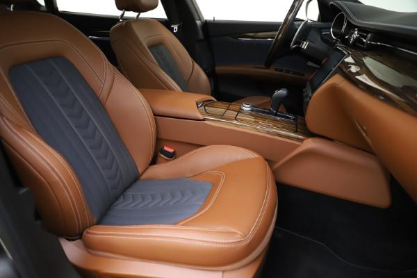Used 2017 Maserati Quattroporte S Q4 GranLusso for sale Sold at Pagani of Greenwich in Greenwich CT 06830 24