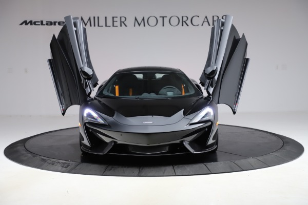 Used 2019 McLaren 570S for sale $177,900 at Pagani of Greenwich in Greenwich CT 06830 12