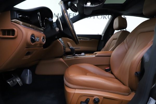 Used 2018 Maserati Quattroporte S Q4 GranLusso for sale Sold at Pagani of Greenwich in Greenwich CT 06830 14