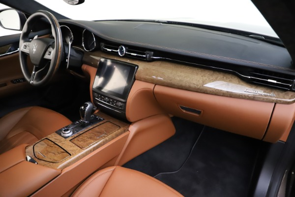 Used 2018 Maserati Quattroporte S Q4 GranLusso for sale Sold at Pagani of Greenwich in Greenwich CT 06830 25