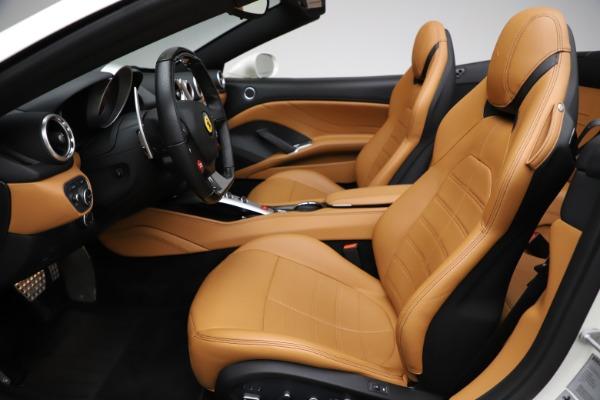 Used 2018 Ferrari California T for sale $169,900 at Pagani of Greenwich in Greenwich CT 06830 18