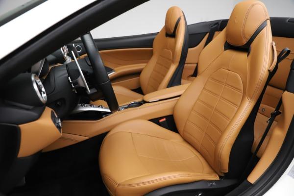 Used 2018 Ferrari California T for sale $169,900 at Pagani of Greenwich in Greenwich CT 06830 19