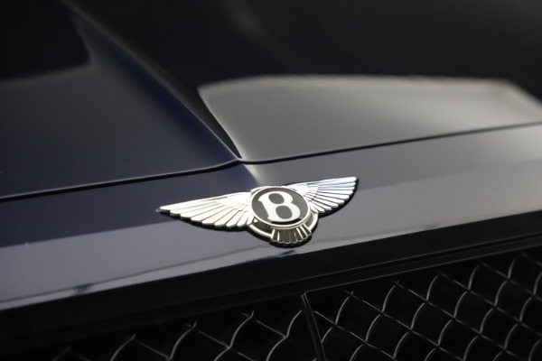 Used 2018 Bentley Bentayga W12 Signature for sale $154,900 at Pagani of Greenwich in Greenwich CT 06830 14
