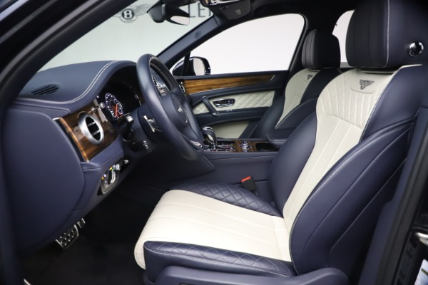 Used 2018 Bentley Bentayga W12 Signature for sale $154,900 at Pagani of Greenwich in Greenwich CT 06830 18