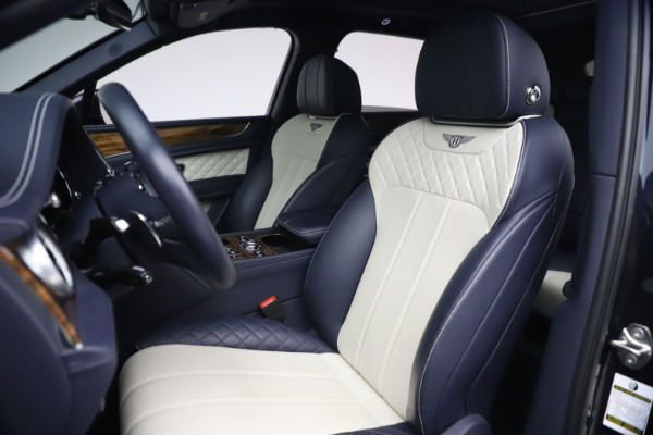 Used 2018 Bentley Bentayga W12 Signature for sale $154,900 at Pagani of Greenwich in Greenwich CT 06830 19