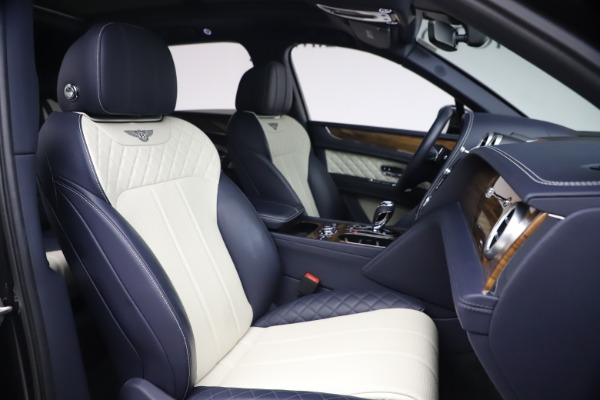 Used 2018 Bentley Bentayga W12 Signature for sale $154,900 at Pagani of Greenwich in Greenwich CT 06830 26