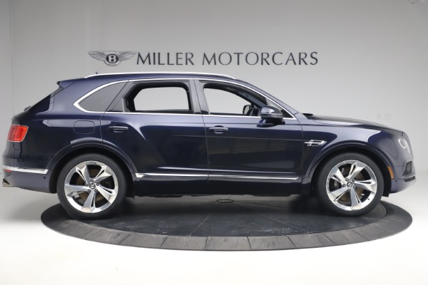 Used 2018 Bentley Bentayga W12 Signature Edition for sale $149,900 at Pagani of Greenwich in Greenwich CT 06830 9