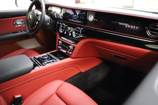 New 2021 Rolls-Royce Ghost for sale $390,400 at Pagani of Greenwich in Greenwich CT 06830 17