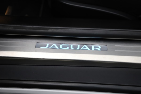 Used 2016 Jaguar F-TYPE R for sale Sold at Pagani of Greenwich in Greenwich CT 06830 25